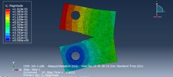 تحلیل ترک سه بعدی به روش XFEM